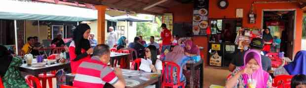 Mee Kari & Mee Rojak @ Mee Kari Sungai Putat, Melaka