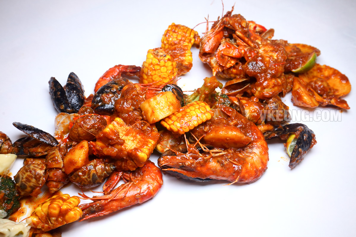 Talaykrata-Seafood-Tabur-Sambal-Pedas